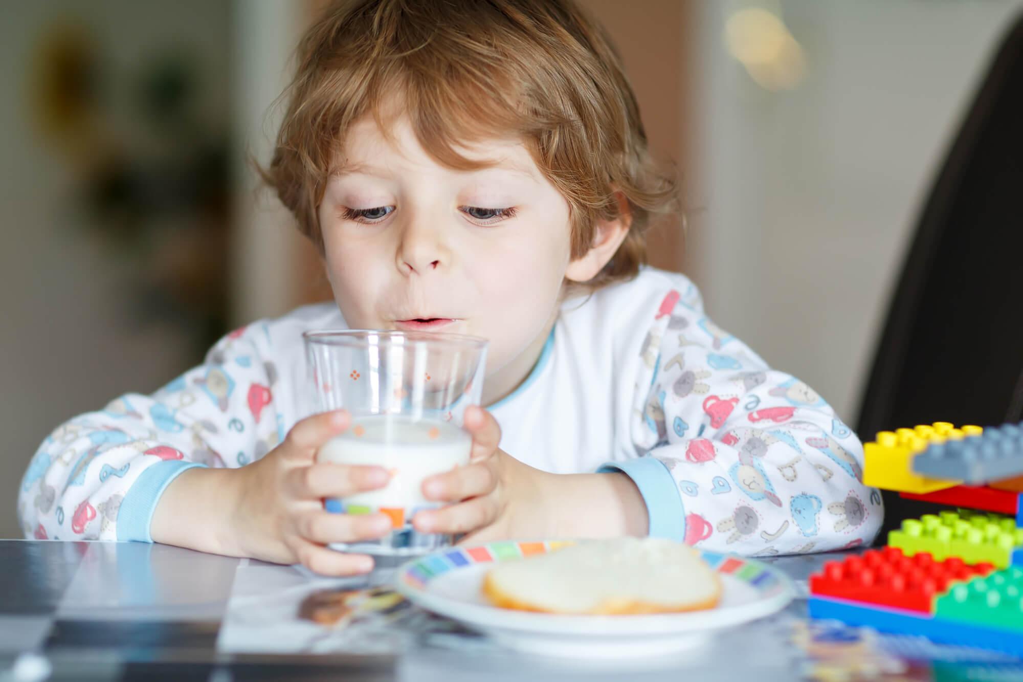 子供の身長が伸びる!?プロテインで成長期の骨や筋肉の成長をサポートする