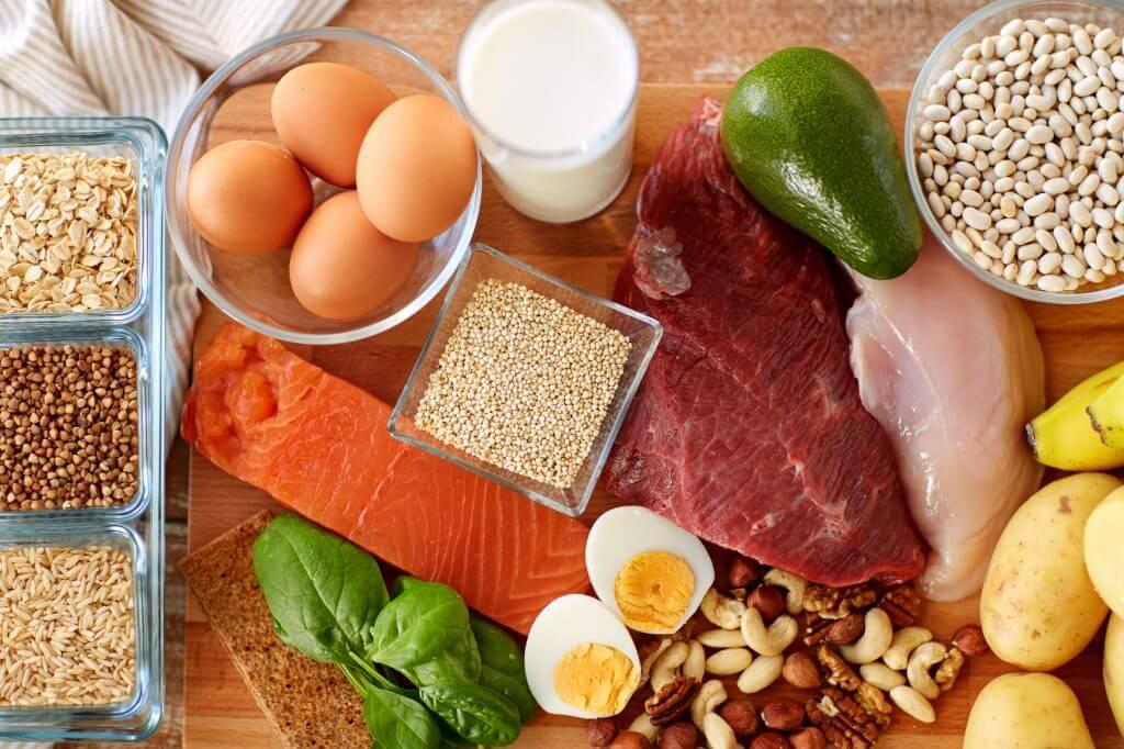 タンパク質 食事 アスリート